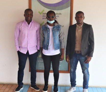 Football: L'internationale gabonaise et capitaine des Panthèree dames Winie Mapangou reçue par Rémy Ebanega et son secrétaire général Stéphane Nguema