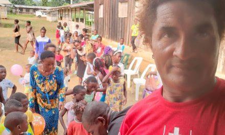 Gabon/Geste de solidarité: Parfait Ndong en père Noël à Meyang